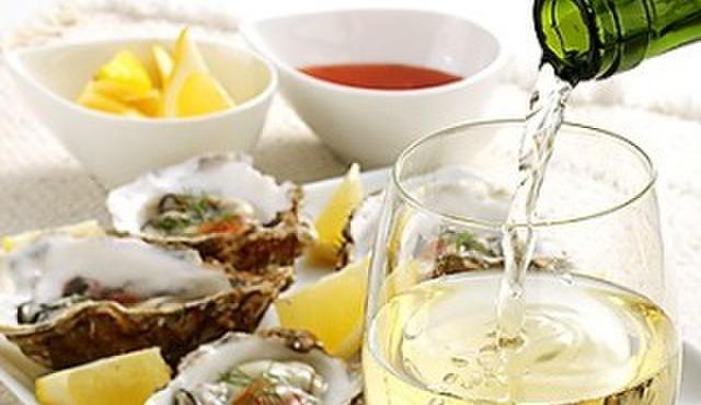 赤羽のざきや - ドリンク写真:牡蠣に合う日本酒からワインまで色々♪