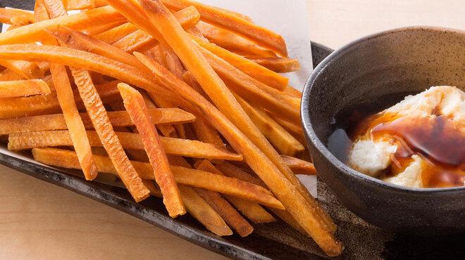 甘太郎 - 料理写真:フライドおさつ~チーズディップと黒みつ~