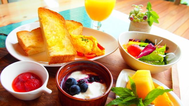 カフェレストラン 瀬里家 - メイン写真: