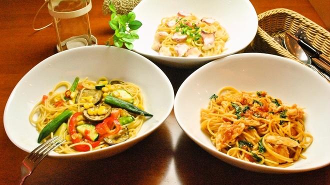 ランチ&バー 花菜 - 料理写真:【2016夏限定】夏の食材を使った夏限定のパスタ3種