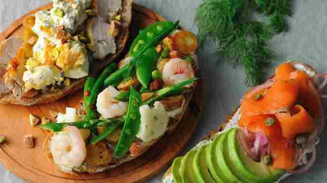 347 cafe - 料理写真:タルティーヌ(3種類) メゾンカイザーのパンを使用
