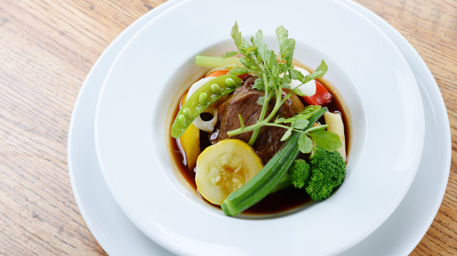 ブルワリー レストラン オラホ - 料理写真:牛ホホ肉の赤ワイン煮(ディナー)