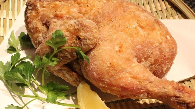丸鶏素揚 ひなまる - 料理写真:☆ひな鶏素揚げのプレーンは王道の美味しさ☆