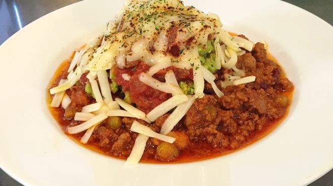 Cafe&Bar Field - 料理写真:アカスペチリビーンズステーキ  アボカドチーズ焼き
