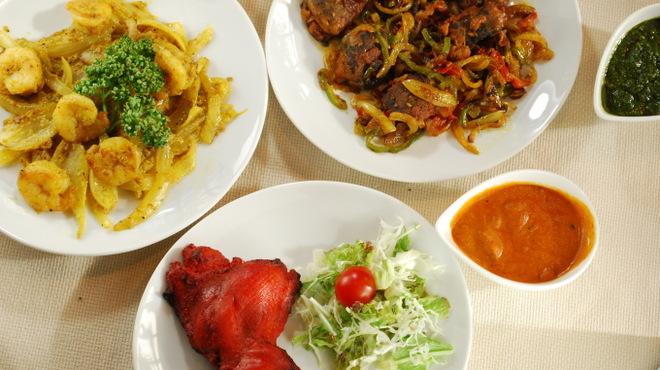 Nepal Curry Ramro - メイン写真: