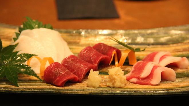 熊本串焼 ノ木口 - 料理写真:熊本の馬刺し厳選三種盛り