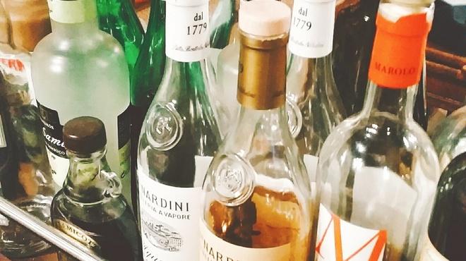 デリツィオーゾ イタリア - ドリンク写真:豊富な食後酒