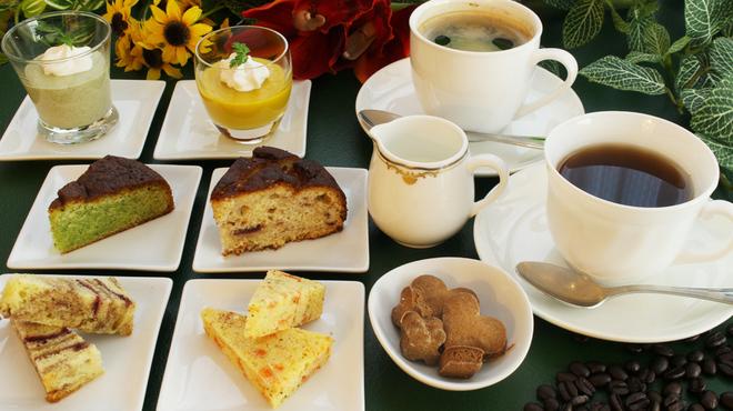 カフェ&バー コルト - メイン写真:
