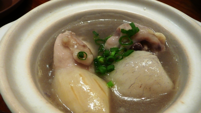 新世界菜館 - 料理写真:若鶏と里芋のあっさり煮