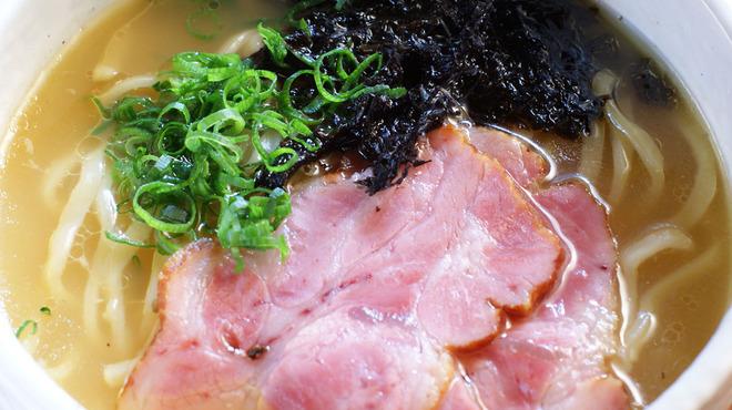 炙屋 十兵衛 - 料理写真:比内地鶏スープの〆ラーメン