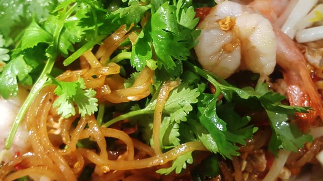 タイ居酒屋 トンタイ - 料理写真:パッタイパクチー