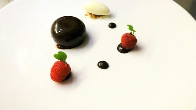 シャンペトル - 料理写真:ショコラ-フランボワーズ