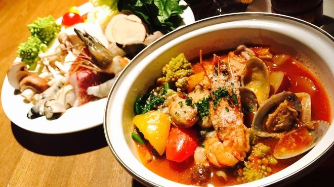 タック キッチン - 料理写真:冬限定!TACのトマト鍋
