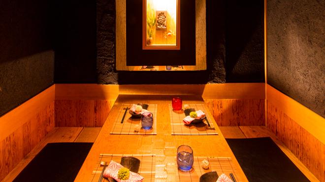 個室居酒屋 お魚に恋をして - メイン写真: