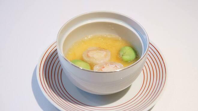 メゾン・ド・ユーロン - 料理写真:タラバ蟹の茶碗蒸し