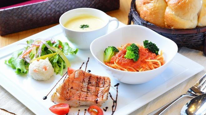ベーカリーレストランSOLA - メイン写真: