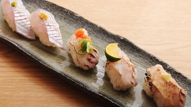 ときすし - 料理写真:太刀魚三昧780円(生わさび 生しょうが 炙りポン酢 炙り塩すだち 炙りバターしょうゆ)