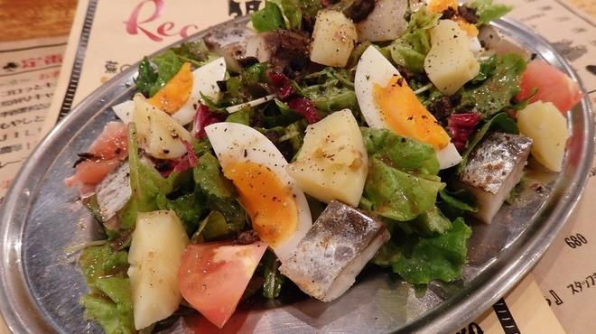 大衆ビストロ ジル - 料理写真:今月のサラダ♪