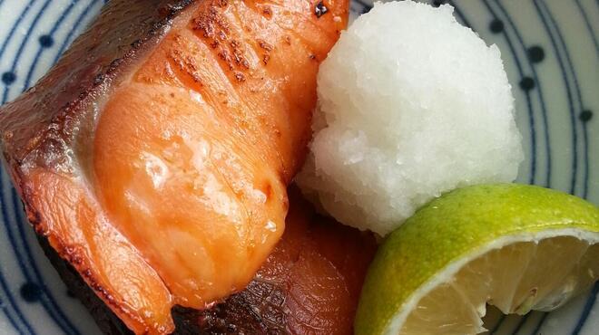 和たん酒みやび - 料理写真:季節の一皿(ヒトサラ)は日替りです