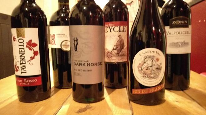 馬肉グリル&ワイン ゆう馬 - ドリンク写真:3月の赤ワイン