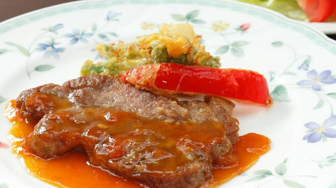サラダの店サンチョ - 料理写真:期間限定『国産豚のソテー旬野菜添えとサラダ』