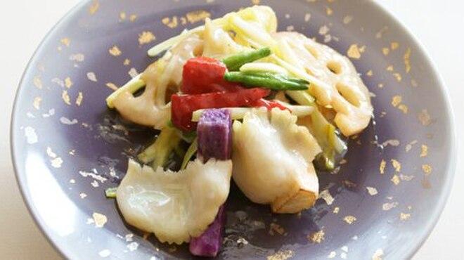 メゾン・ド・ユーロン - 料理写真:季節野菜と鮑の炒め