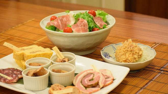 豚組 しゃぶ庵 - 料理写真:豚づくし宴会の前菜