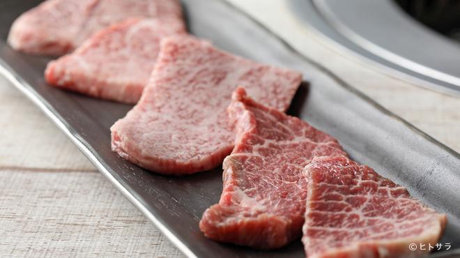 一枚から焼肉 英伍 - 料理写真:日によって変わるお勧めのお肉。『本日の肉5点盛り』