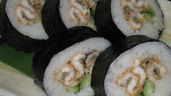 六本木 福鮨 - 料理写真:お土産人気NO.1。特製穴子太巻。塩・わさび、もしくは特製ツメの2つのお味からお選びください。