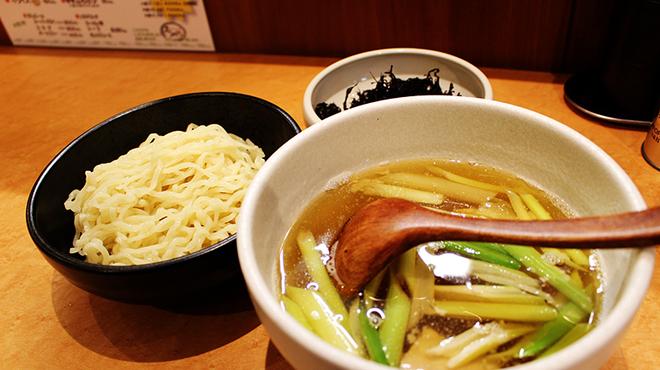 和だしらぁめん うめきち - 料理写真:実はリピート率ナンバーワンの煮干し塩つけ麺!