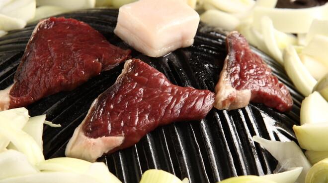 夜空のジンギスカン - 料理写真:高タンパク低カロリーのエゾシカ肉!ジンギスカンとご一緒にどうぞ!