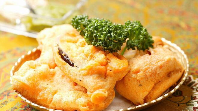 ケララ - 料理写真:ヴェジタブルパコラ★豆の粉が衣になっているインドの野菜天ぷら \630