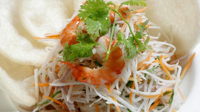 サイゴン・レストラン - 料理写真:大根とエビのサラダ~サクサク蟹煎添え・Gỏi tôm