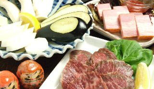だるまさん 1丁目 - 料理写真:野菜焼や肉焼など鉄板おつまみも充実!