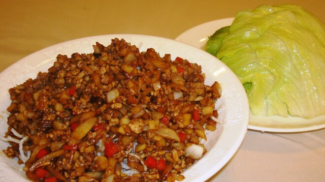 中華料理 龍鳳酒家 - 料理写真:ひき肉のレタス包み