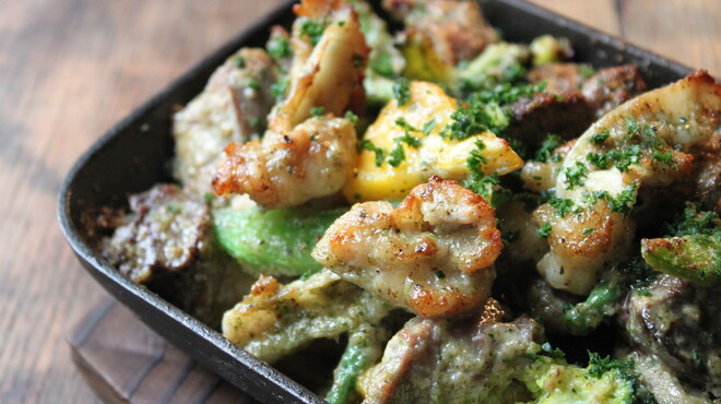 ルフージュ - 料理写真:鶏モツのメリメロ焼き!メリメロ!