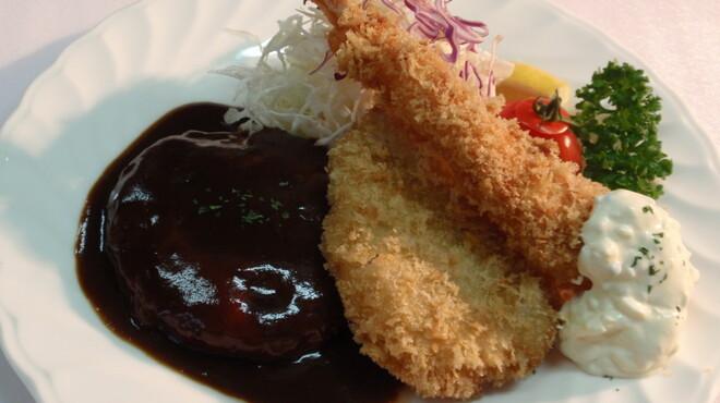 宝亭 - 料理写真:エビ、ヒレ、ハンバーグの盛り合わせ