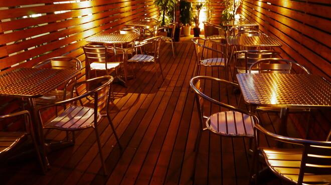 ガーデン - 内観写真:テラス席(4階)