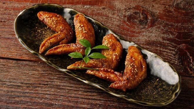 丸鶏 るいすけ - 料理写真:創業から秘伝の手羽先