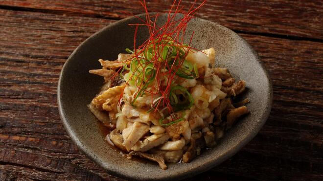 丸鶏 るいすけ - 料理写真:炙り鶏皮ポン酢