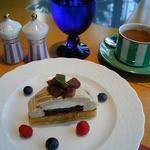 カフェトスカ - アジアのリゾートホテルの雰囲気