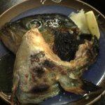八田 東口本家店 - かんぱちのかま。魚も充実。
