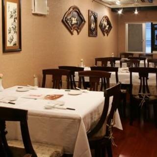 落ち着いた空間で本格四川料理を楽しめます!