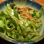 煉 - 日替わりランチのサラダ
