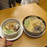 鹿児島ラーメン豚とろ - 左は小盛り480円
