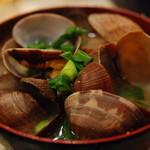 大吉 - アサリの味噌汁。