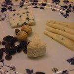 マブヤ - チーズ盛り合わせ