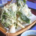 玉原高原センターハウス - 山菜天ぷら盛合せ