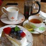 季まぐれMAX - ケーキ&紅茶