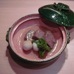 げん月 - 料理写真:牛たんの大和煮、たんを10時間以上煮込んで作った看板商品